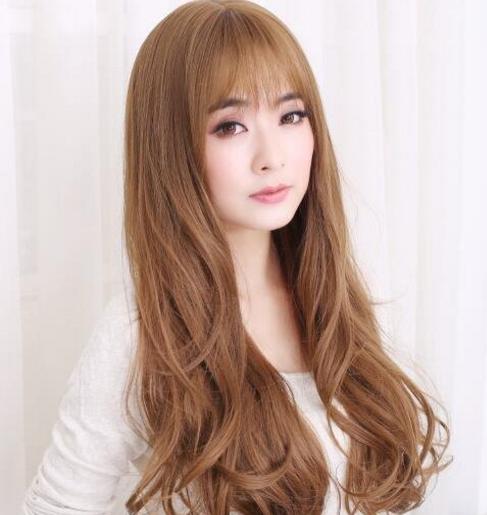 棕色梨花头发型图片 奶茶浅棕卷发很迷人