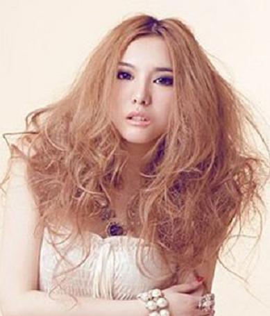烫发后多久洗头 禁止用高温吹风机