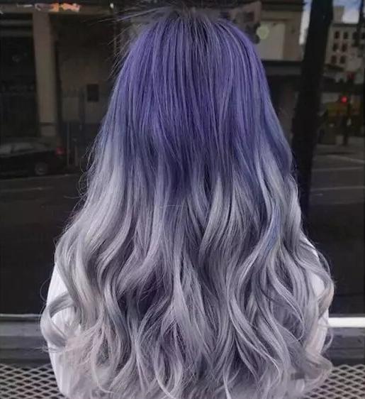 渐变紫色头发图片 葡萄紫灰白色